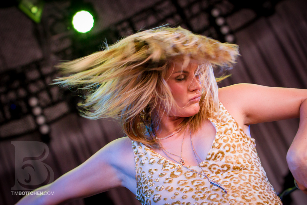 Grace-Potter-and-the-Nocturnals-Verizon-Wireless-Amphitheater-03-3646.jpg
