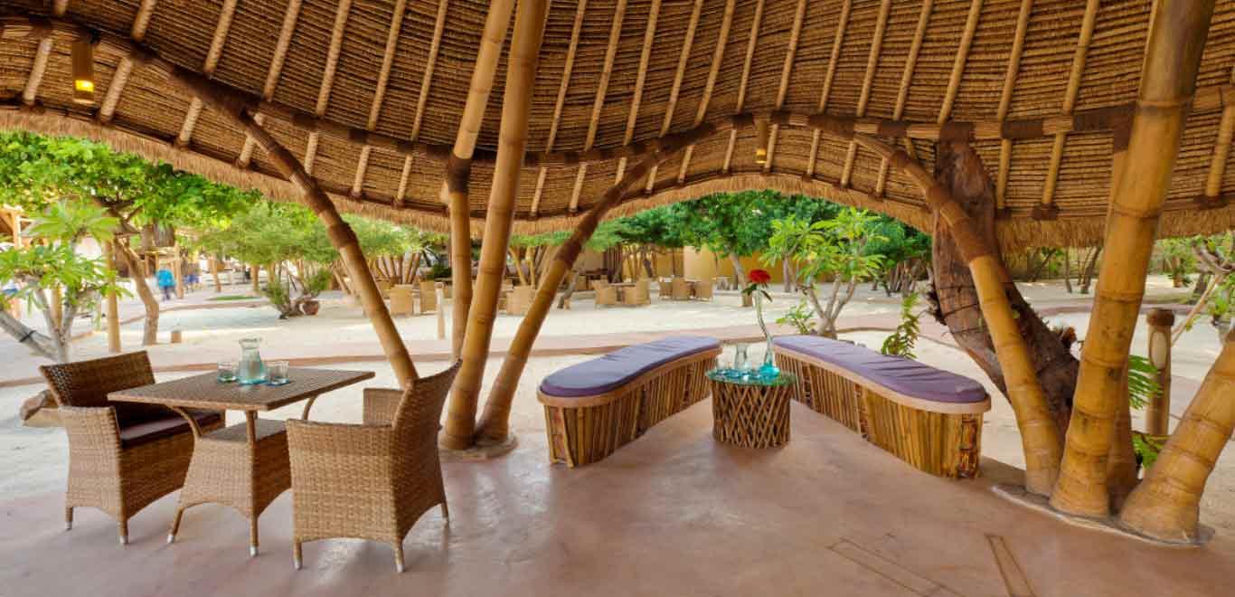 06-Gili-Trawangan-Lombok-Hotel-Rooms-Facilities-Lobby-Front-Office-Desk.jpg