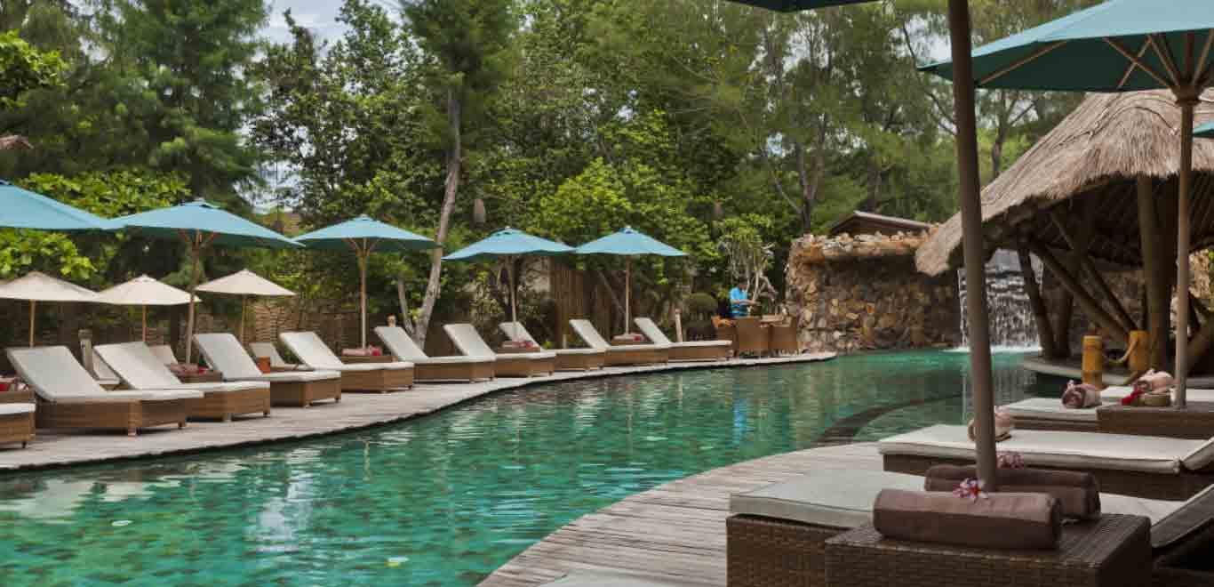 05-Gili-Trawangan-Lombok-Hotel-Rooms-Facilities-Swimming-Pool-Swim-Pool-Bar-04.jpg
