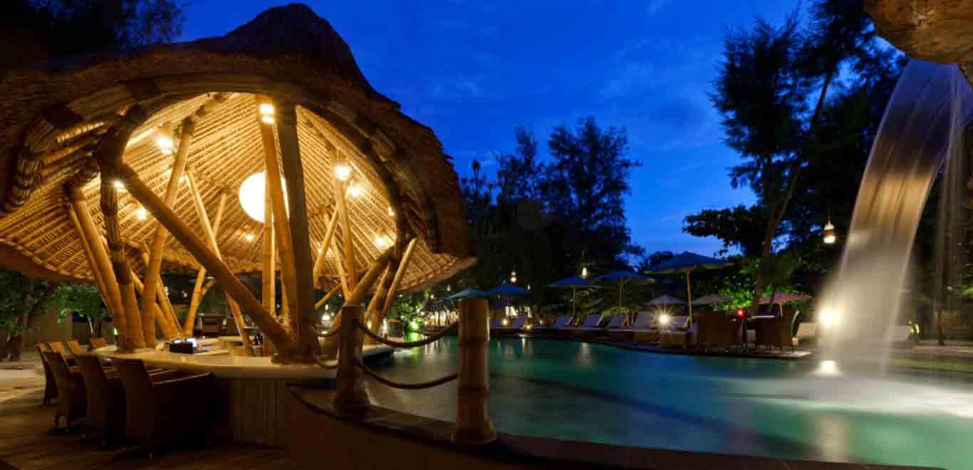 08-Gili-Trawangan-Lombok-Hotel-Rooms-Facilities-Swimming-Pool-Swim-Pool-Bar-07.jpg