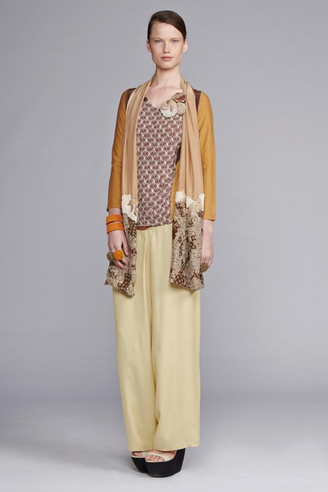 225/S143420 Panel Long Sleeve Top     740/S146135 Wrap Pants     900/S147463B Beaded Scarf with Batik Flower