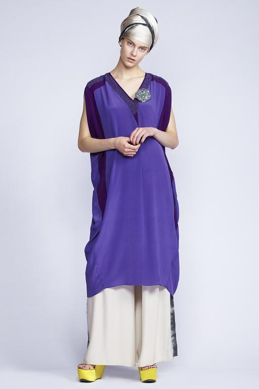 535/S131515 V-Neck Slash Sleeved Dress with Slip    535/S136128 Gathered Flare Pants       900/S137472 Hand Painted Scarf