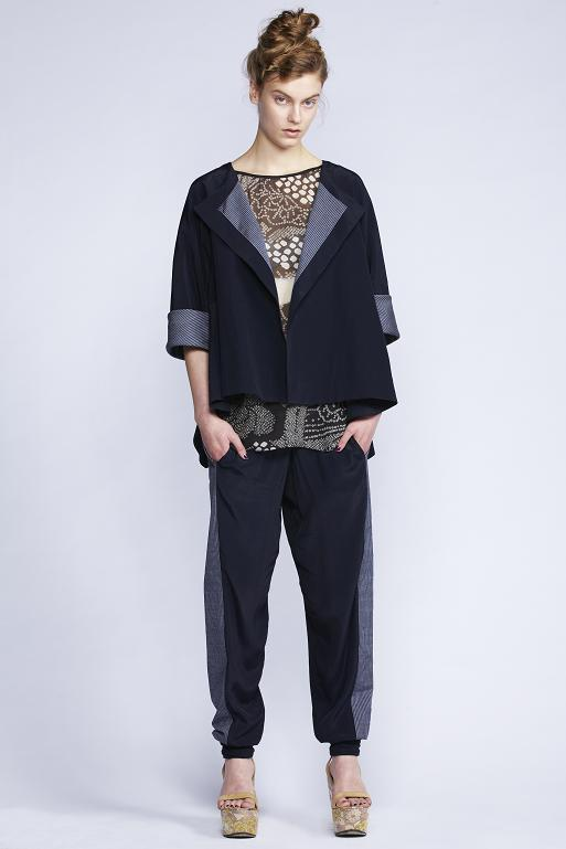 540/S133396 Boat Neck Cuff Top    580/S136129 Twisted Cuff Pants    580/S139087S Reversible Flare Jacket