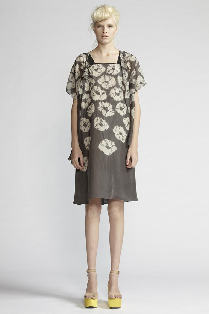 160/F21489 Strap Dress    170/F21488S Spiral Shibori Blouse