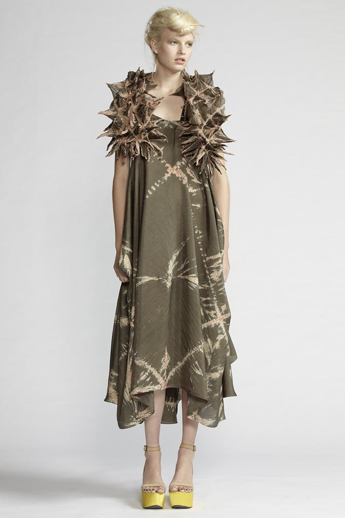 160/F21490 Draped Strap Dress    900/F27440 Spike Shibori Scarf