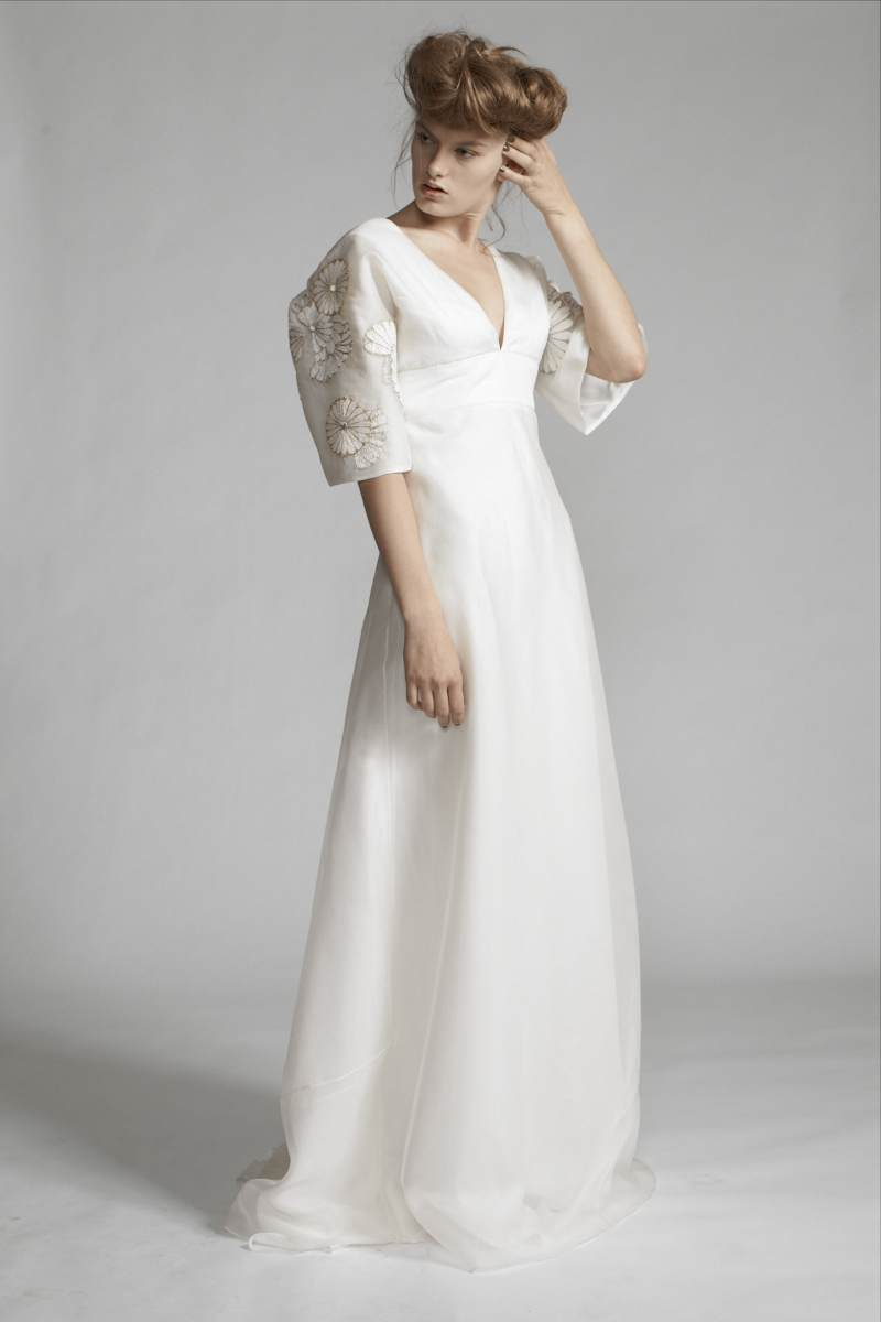 100/S11442 Full Sleeve Gown