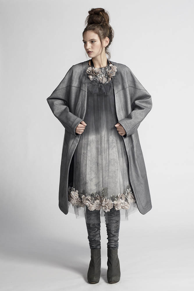 150/A11459 Strap Dress    160/A11456 Embellished Gathered Neck Tunic    180/A19085 Reversible Coat    200/A16122 Leggings