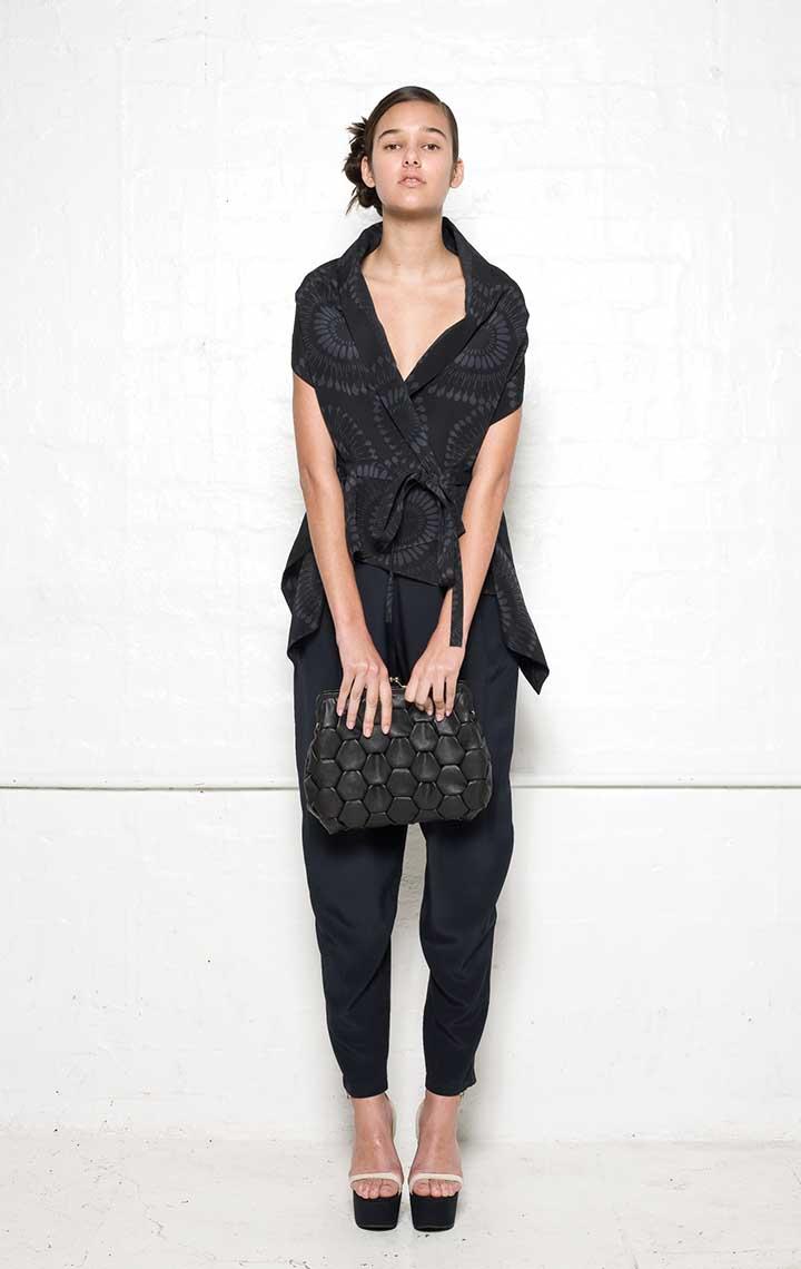 115/S02099 Wrap    110/S06114 Tucked Pants    900/S07398 Medium Origami Clutch
