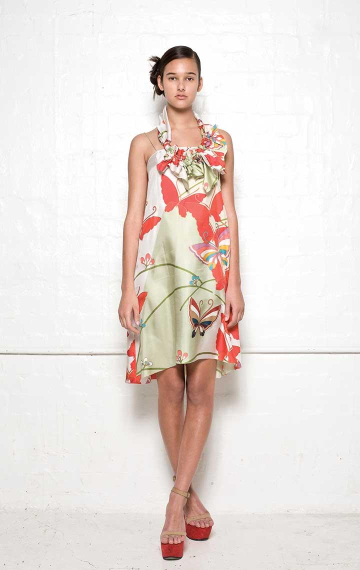 120/S01392A Strap Dress with Folded Back    120/S07392 Spiral Shibori Neckpiece