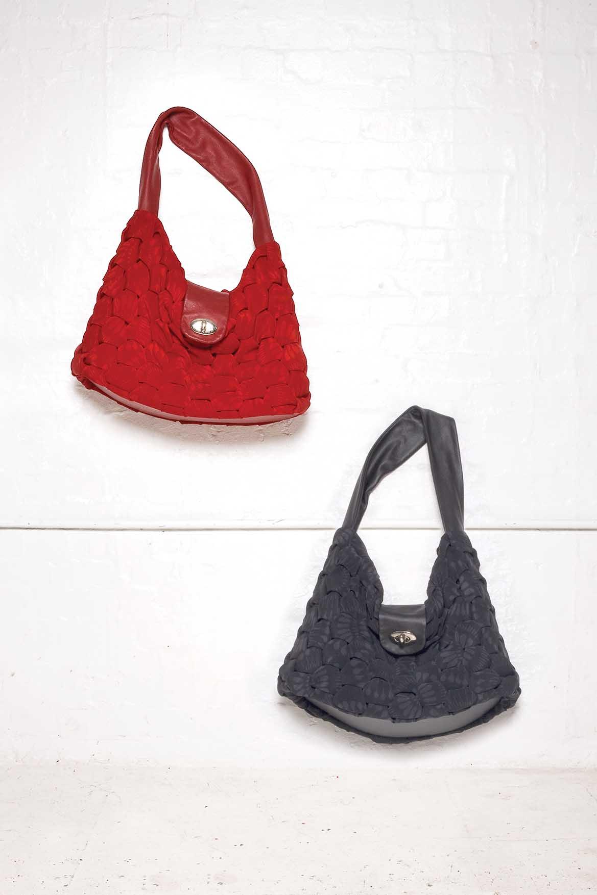 900/S07396 Origami Shoulder Bags