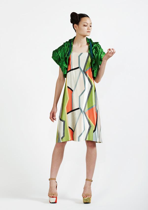180/S91341 Geometric Shift Dress    110/S98158S Petal Neck Bolero