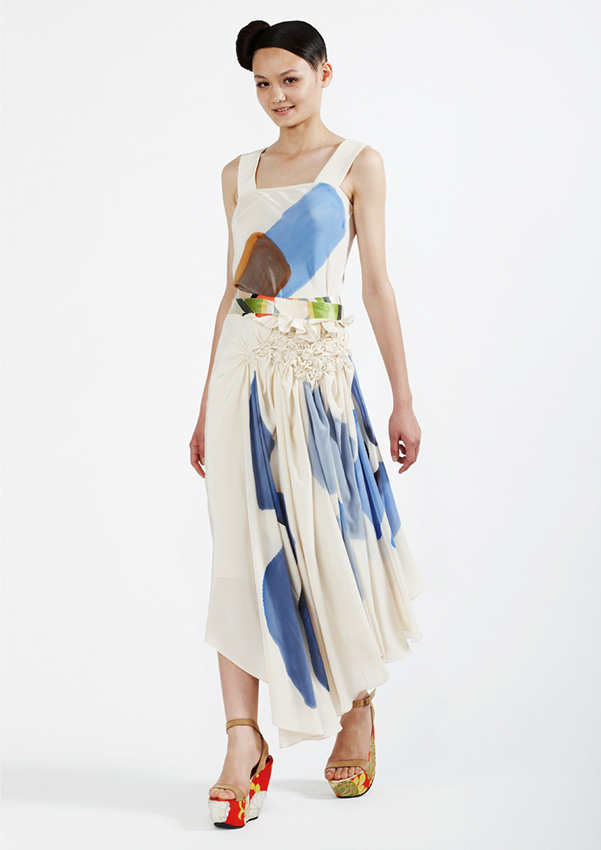 105/S93342 Hand Painted Bias Top    125/S95200A Spiral Shibori Wrap Skirt
