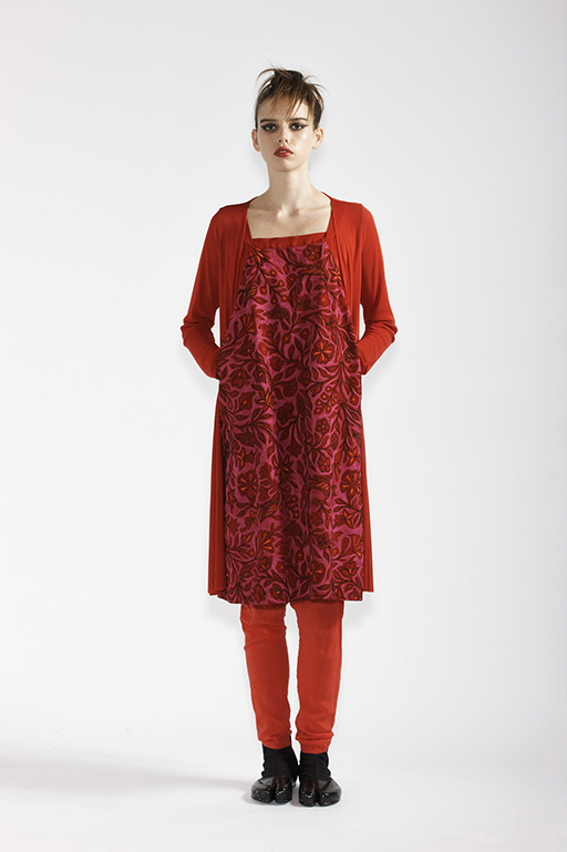 150/A91362 Hakama Dress    210/A98168 Long Cardigan    210/A9686T Tulle Leggings