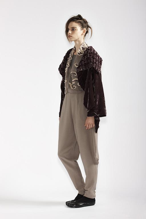 125/A98187 Bolero    215/A93359 Long Sleeve Top    145/A96110 Japanese Workman Pants    185/A98176 Origami Jacket