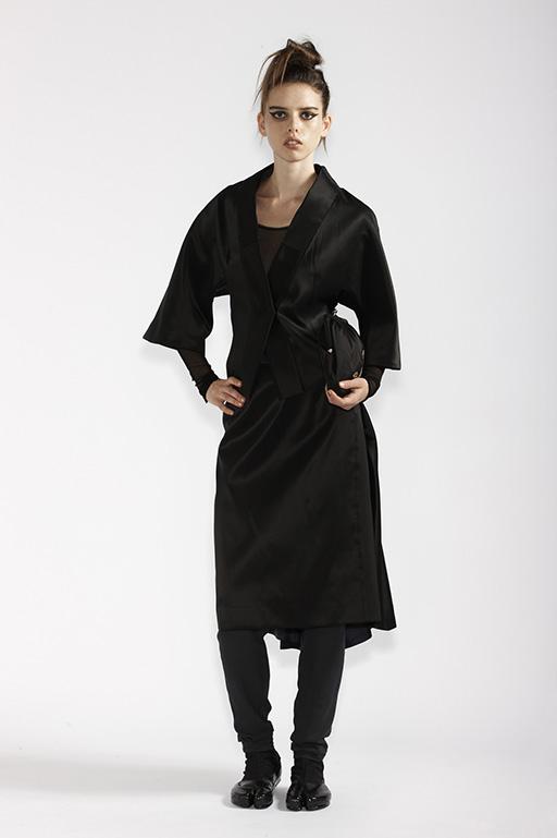 115/A98174 Kimono Collar Jacket    115/A95203 Origami Bustle Skirt    210/A93290 Long Sleeve Tunic    210/A96086T Tulle Leggings