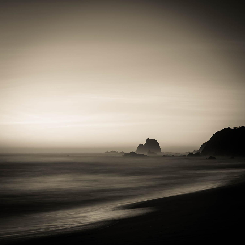 Glass House Rocks, Narooma, Copyright © Len Metcalf 2016