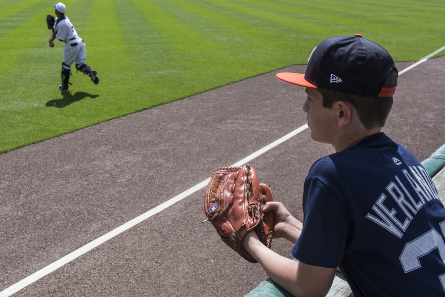 Tigers catcher Alex Avila warms up.