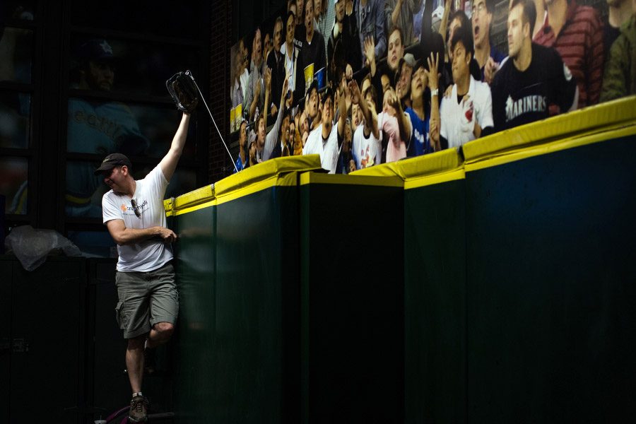 In the lower concourse, there is a mock outfield wall where fans can pretend to rob a home run.
