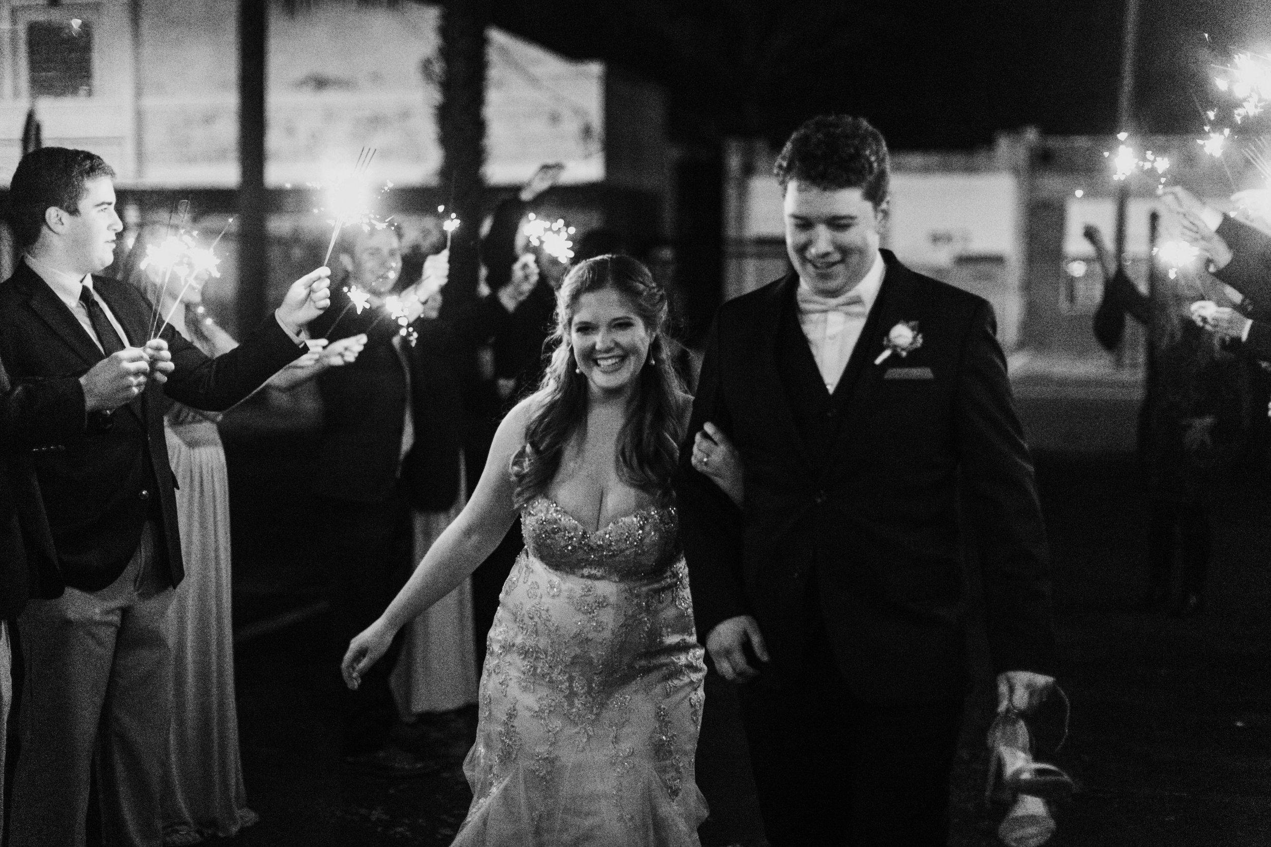 Savannah _ Travis Wedding_Compass Wedding Collective-710.jpg