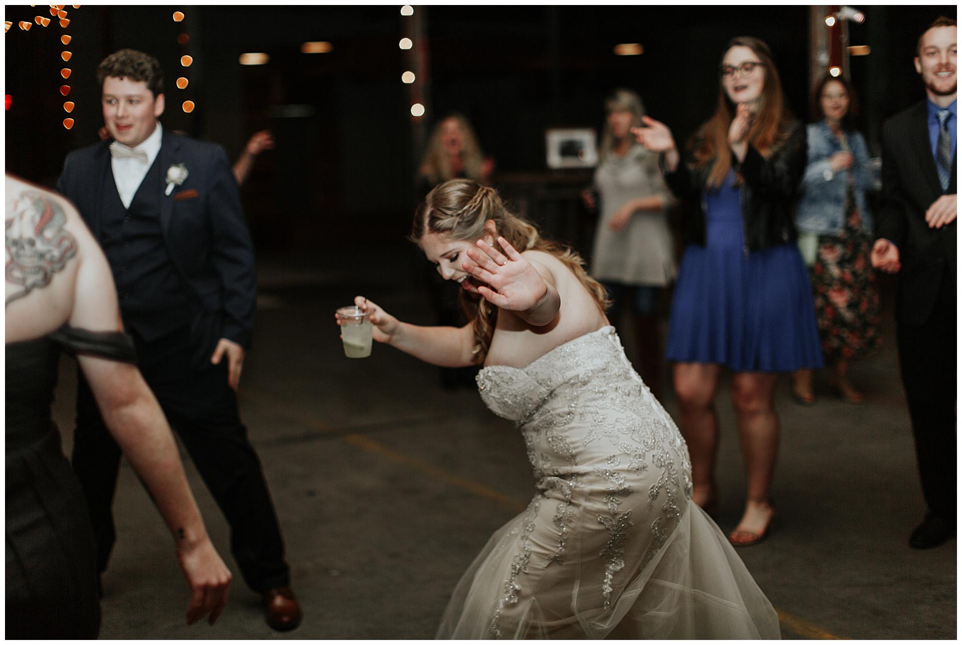 treaty oak glass factory wedding_mia dimare photography41.jpg