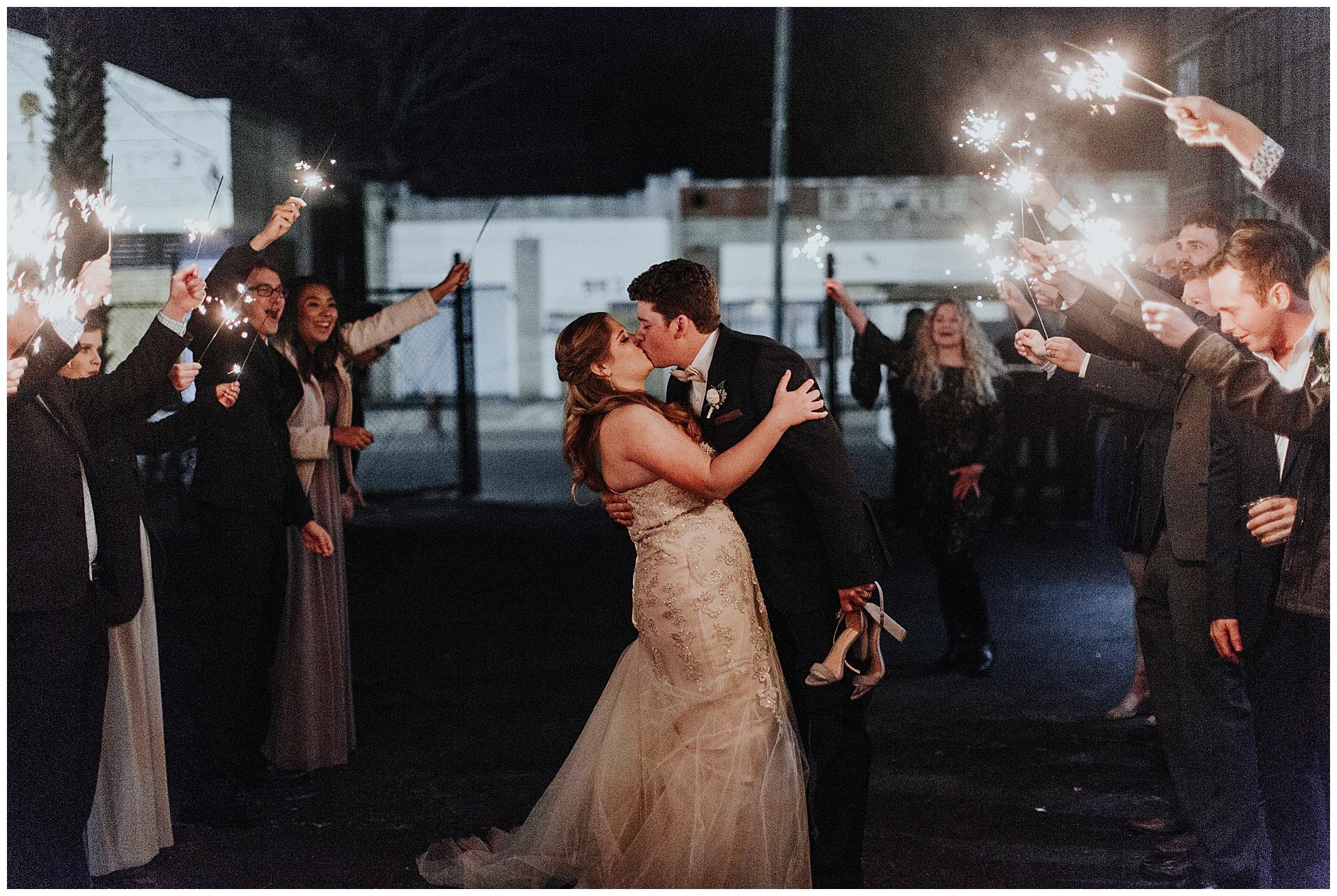 treaty oak glass factory wedding_mia dimare photography42.jpg