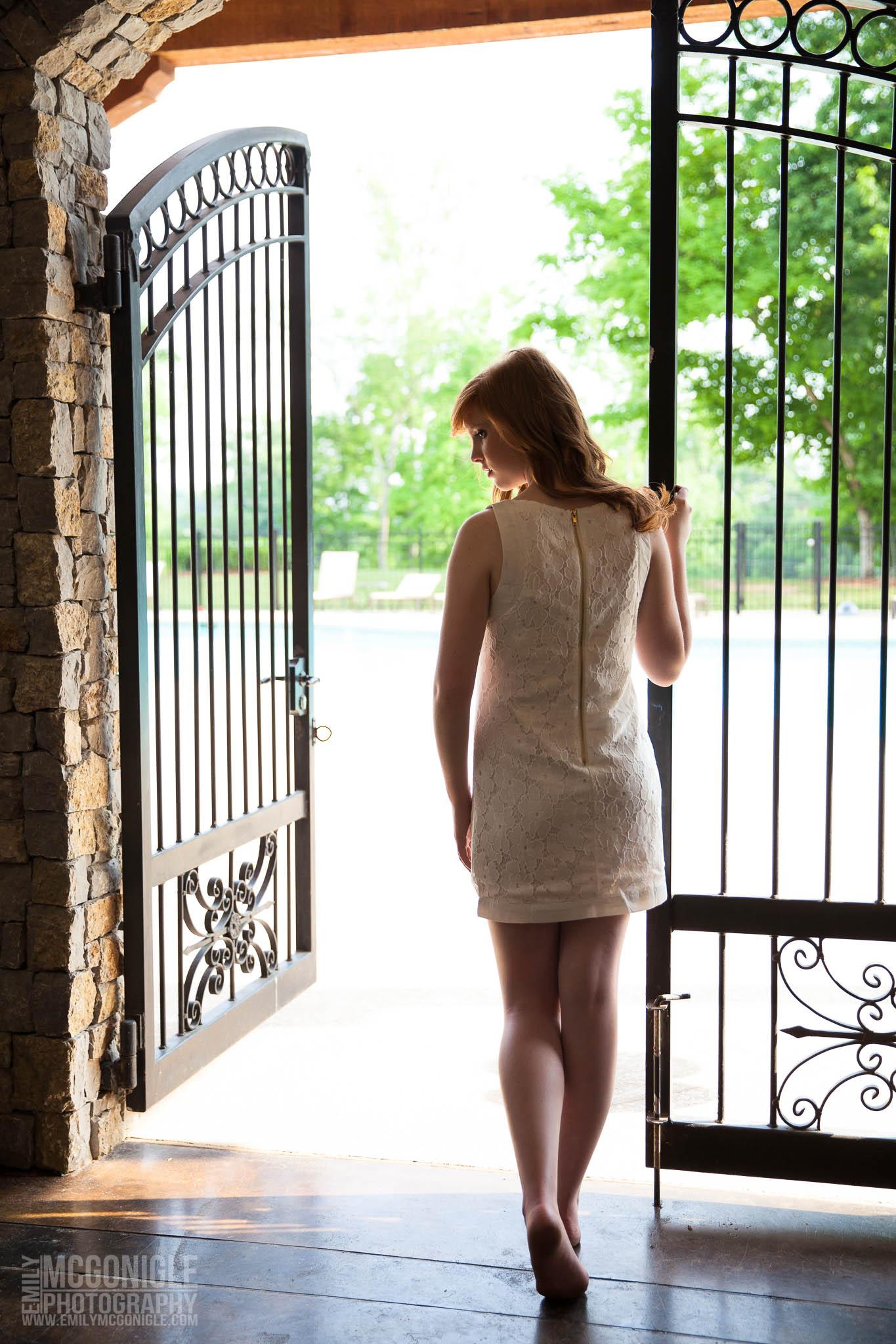 Silhouette-white-dress-gate-girl.jpg
