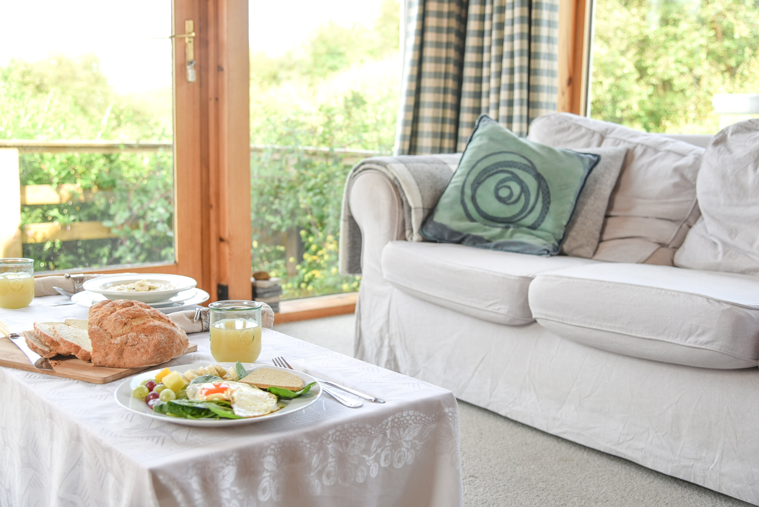 Breakfast in garden room at Osag na Mara B&B.jpg