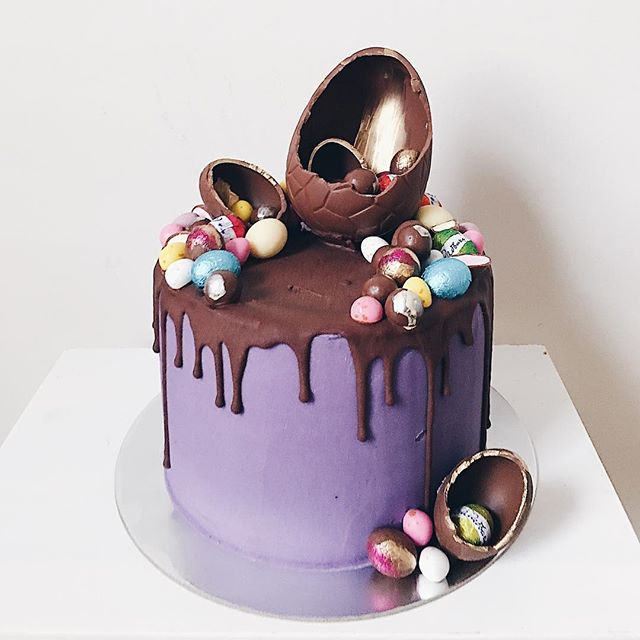 EASTER BE COMETH.  Scrolling back through the archives and this Easter number is still one of my faves. I am literally droooling for chocolate right now. Made exclusively for a piece with the @urbanlistmelb 🐰