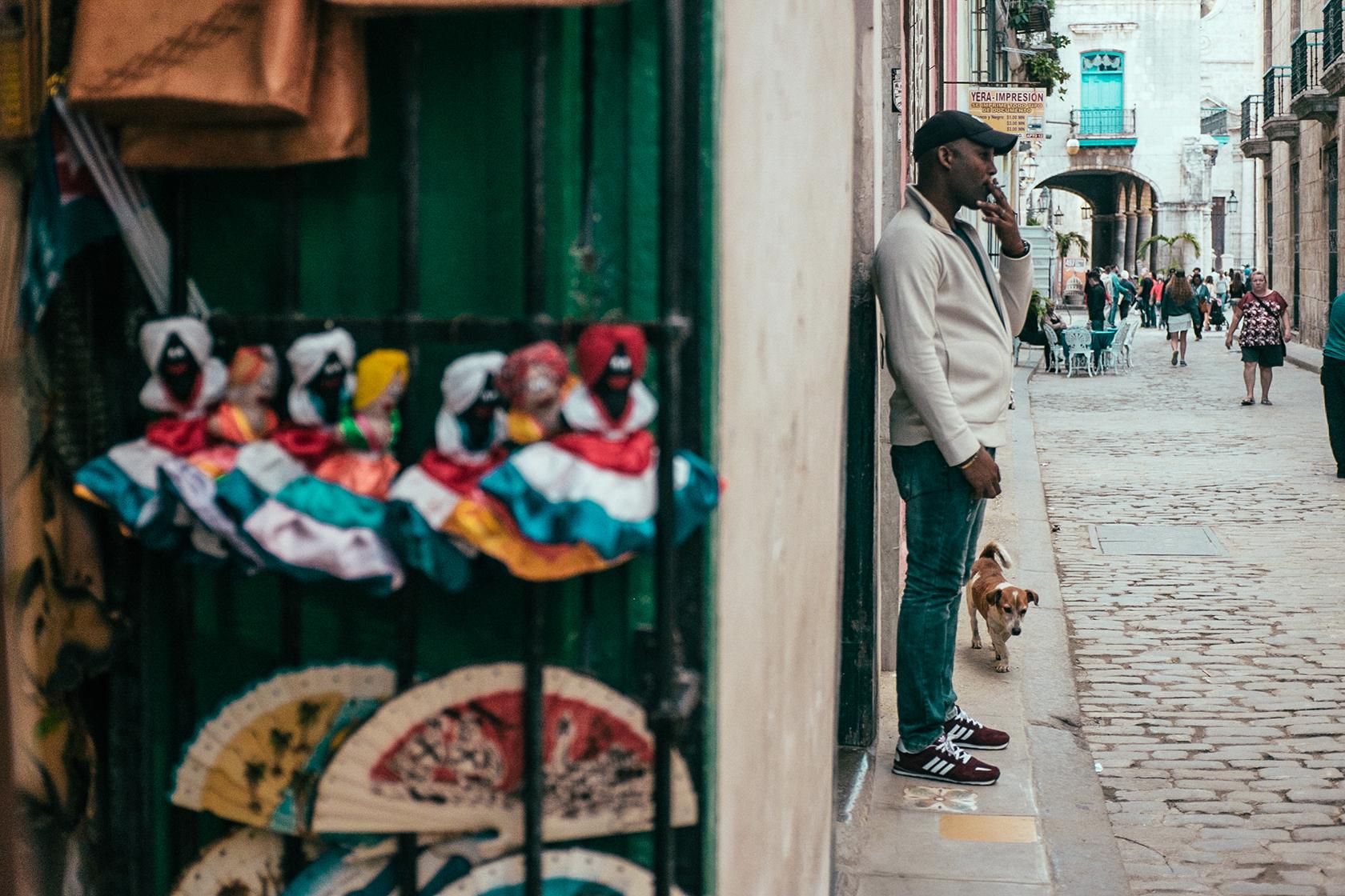 felicidad_de_lucas_cuba_havana_street_03.jpg