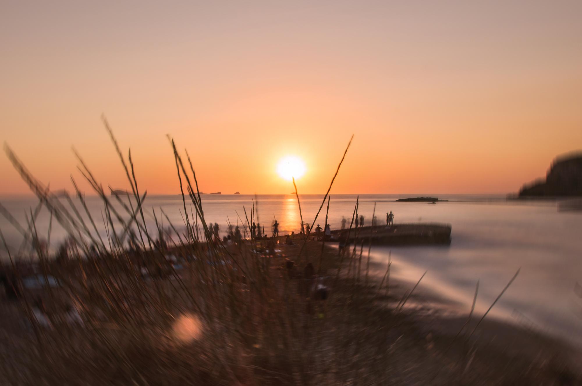 felicidad_de_lucas_ibiza_conte_sunset_radial_3-web.jpg