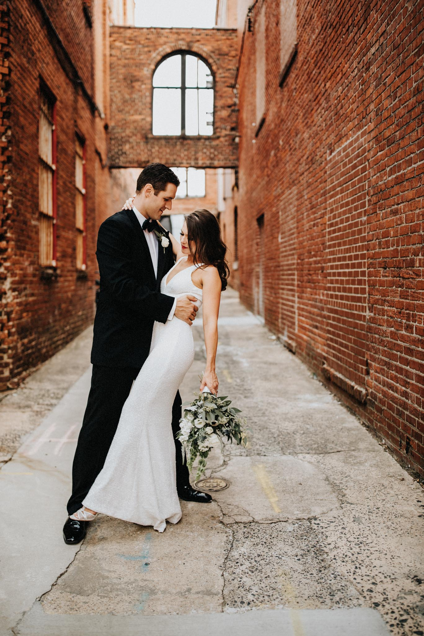 Hip bride and groom photography