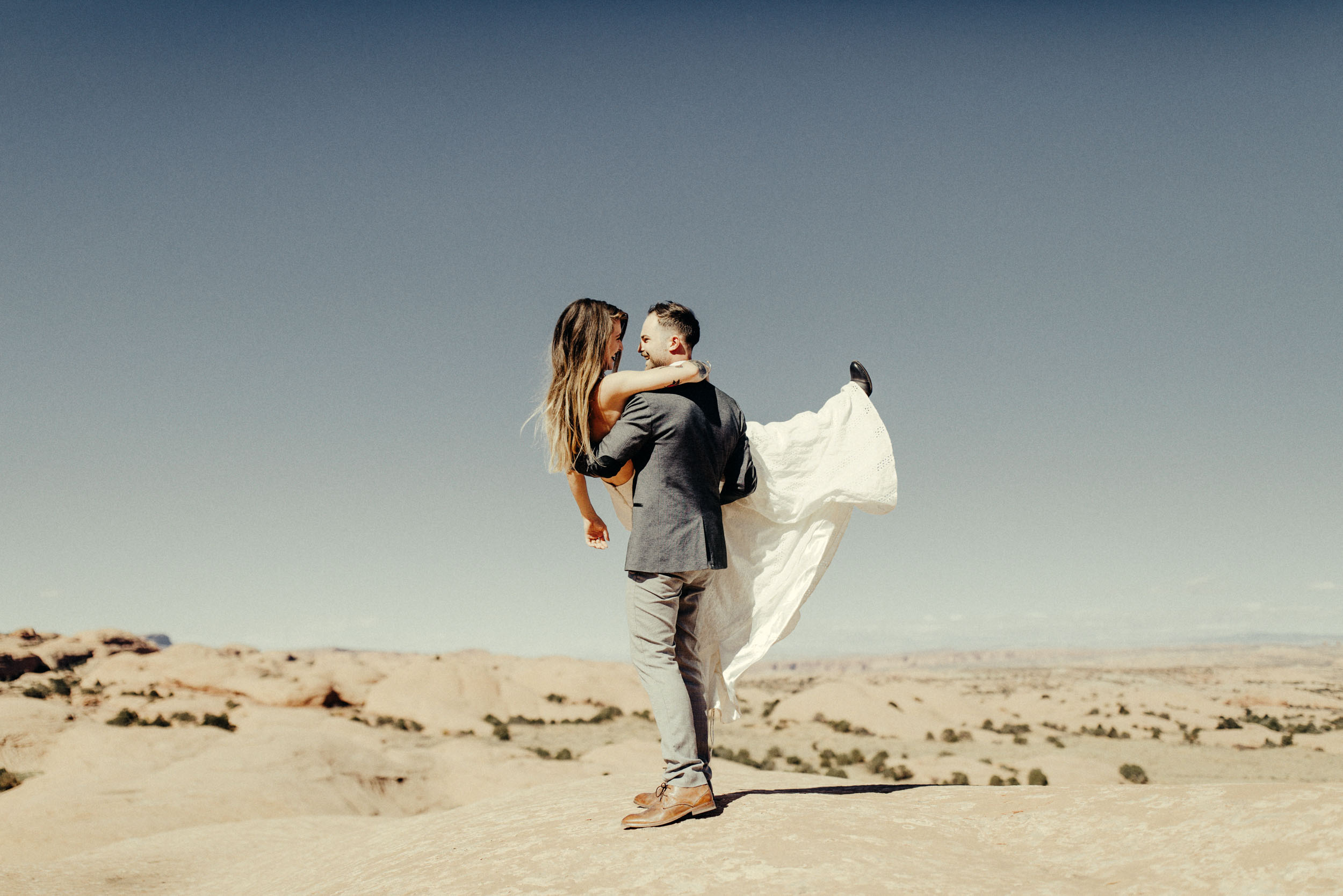 Wedding Photographers in Moab Utah