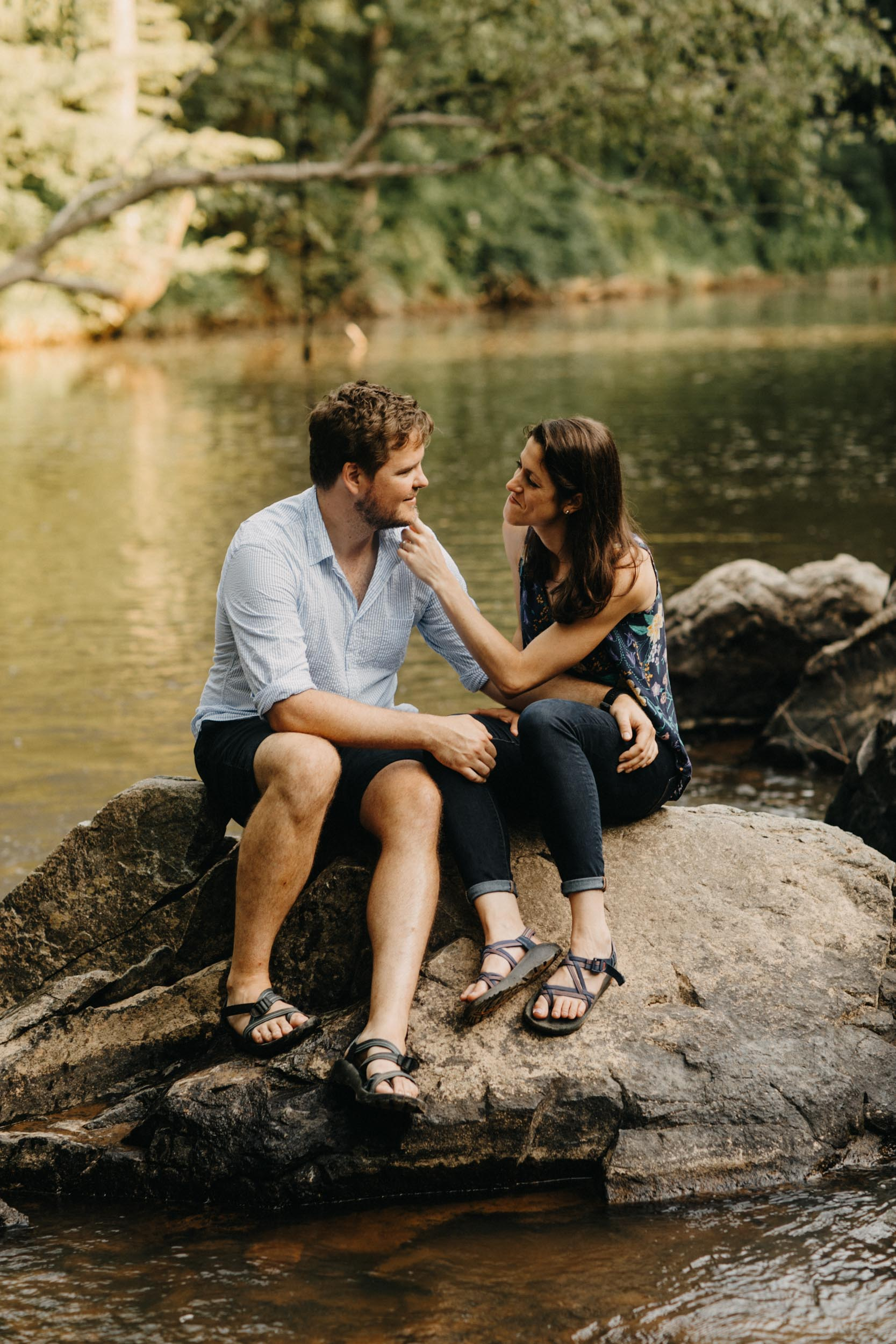 eno-river-engagement-photography-8.jpg