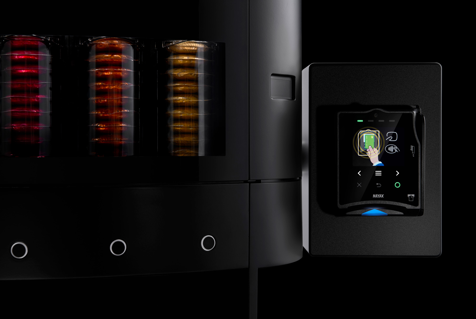 03-Nespresso-Close-up---Nayax-New---Black.jpg