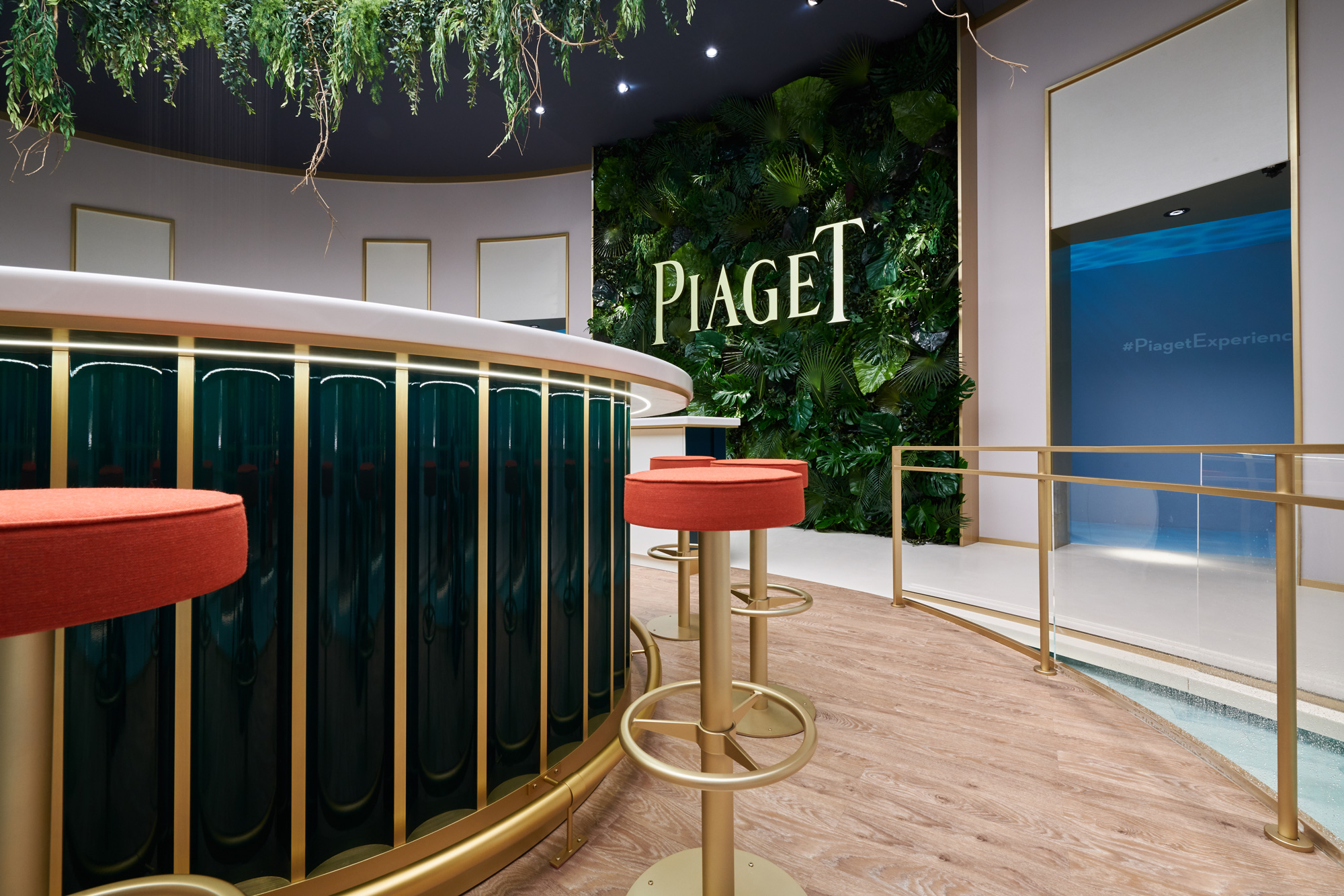 PIAGET-05.jpg