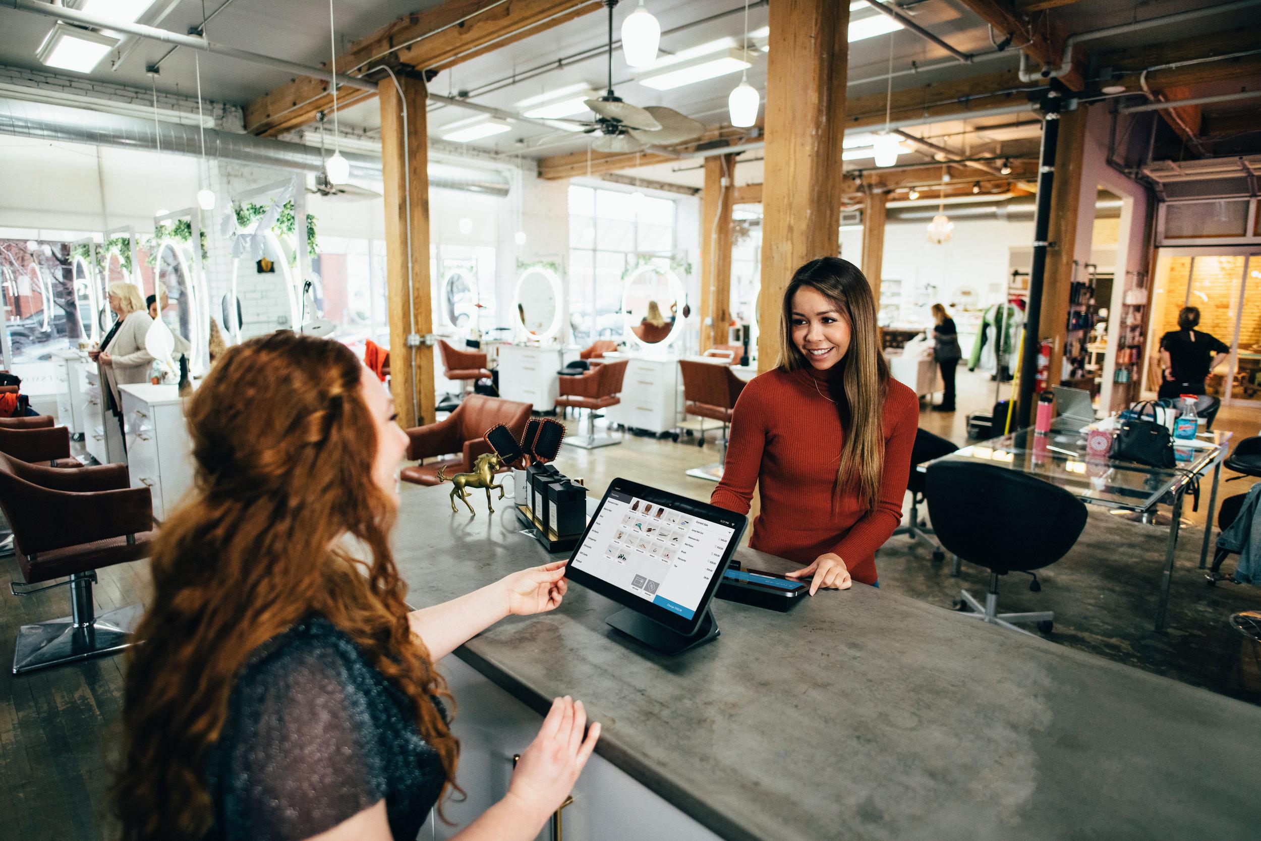 budowanie relacji z klientem