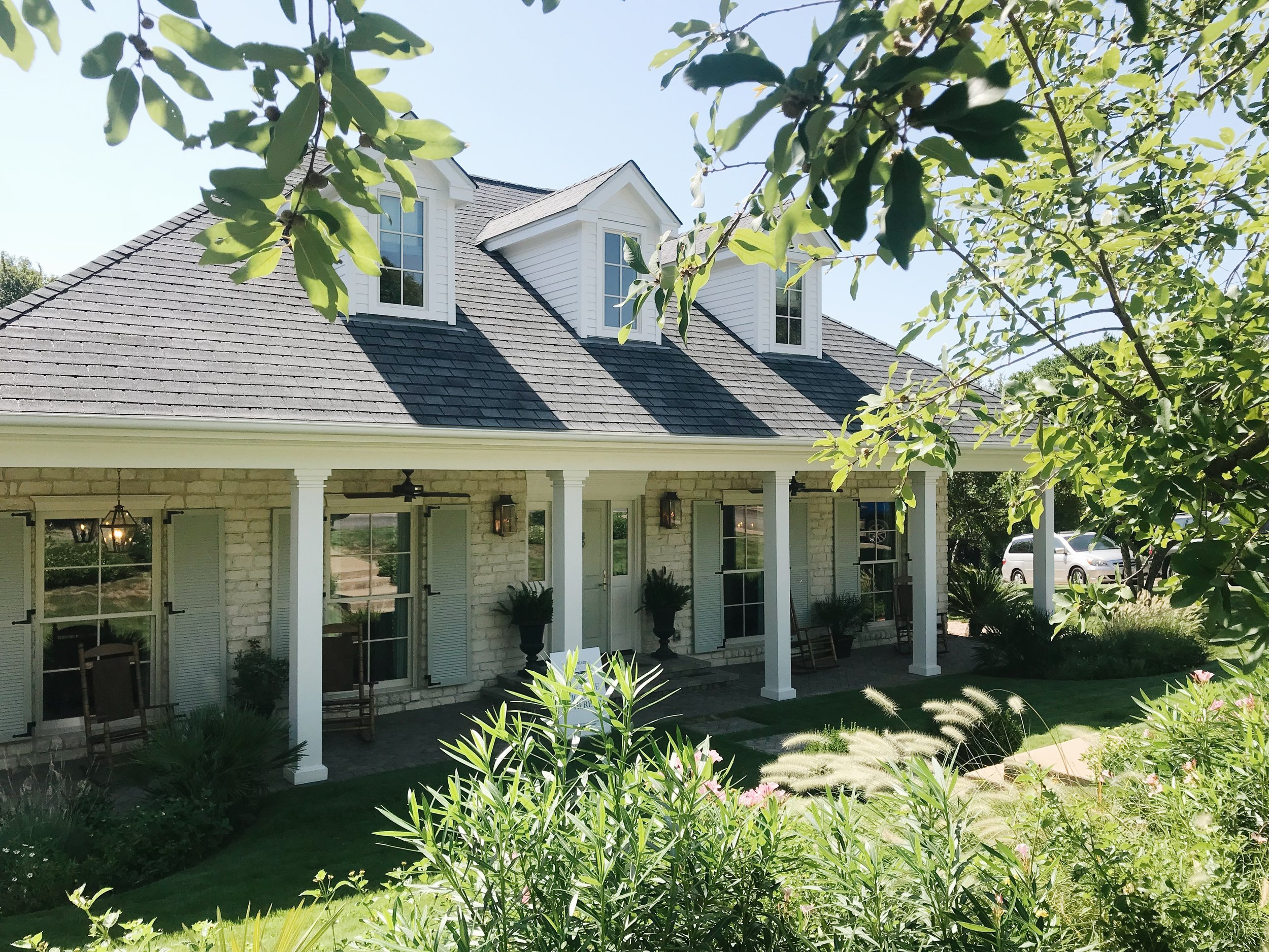 Avery Cox Design Blog: Southern Living 2018 Austin Idea House by Meredith Ellis, Exterior