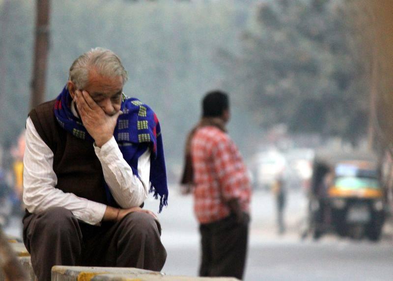 lonely-feeling-alone-amongst-a-billion-people.jpg