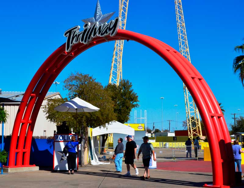 Midway-Entry-Arch-@-The-State-Fair-Texas.jpg