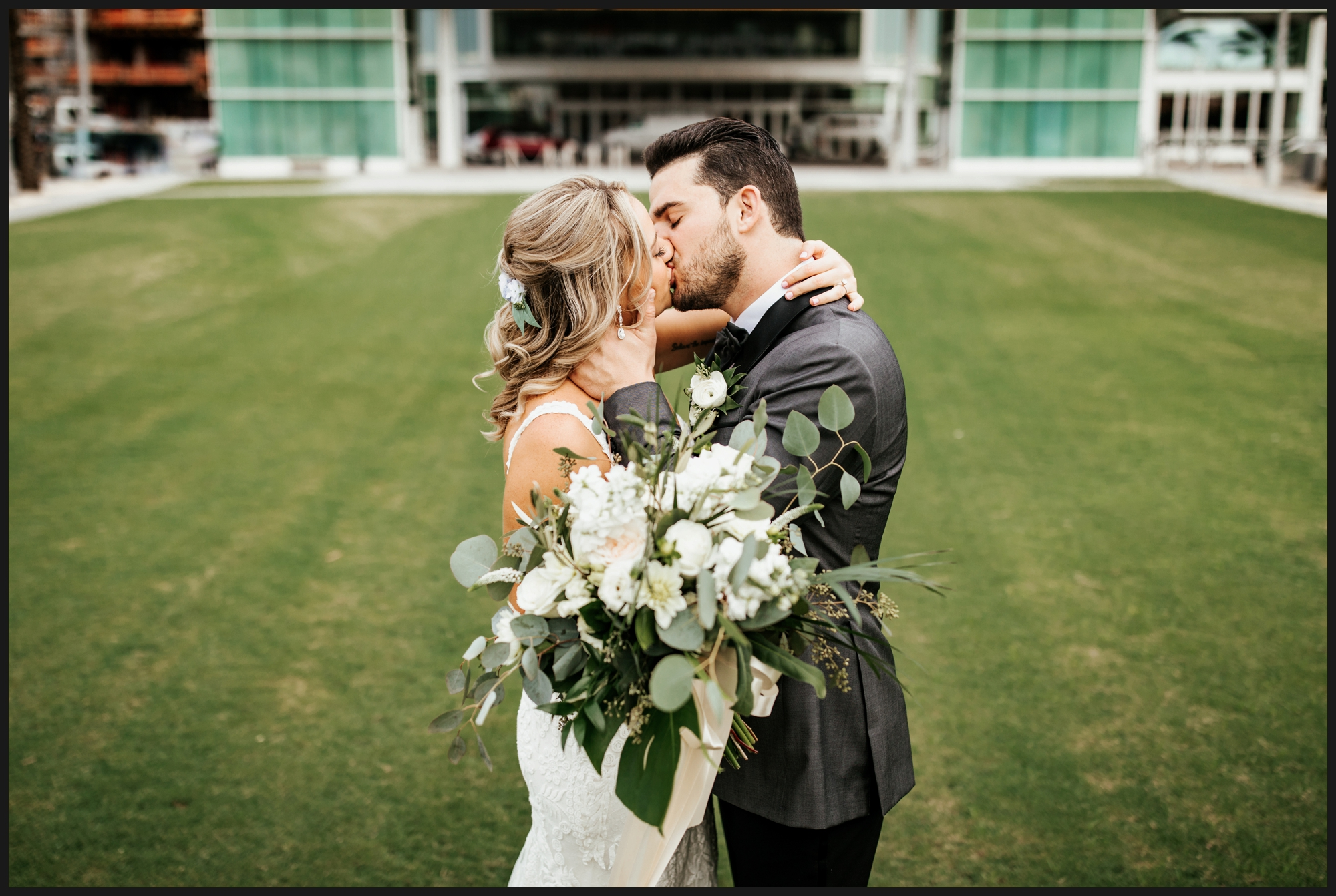 Orlando-Wedding-Photographer-destination-wedding-photographer-florida-wedding-photographer-hawaii-wedding-photographer_0417.jpg