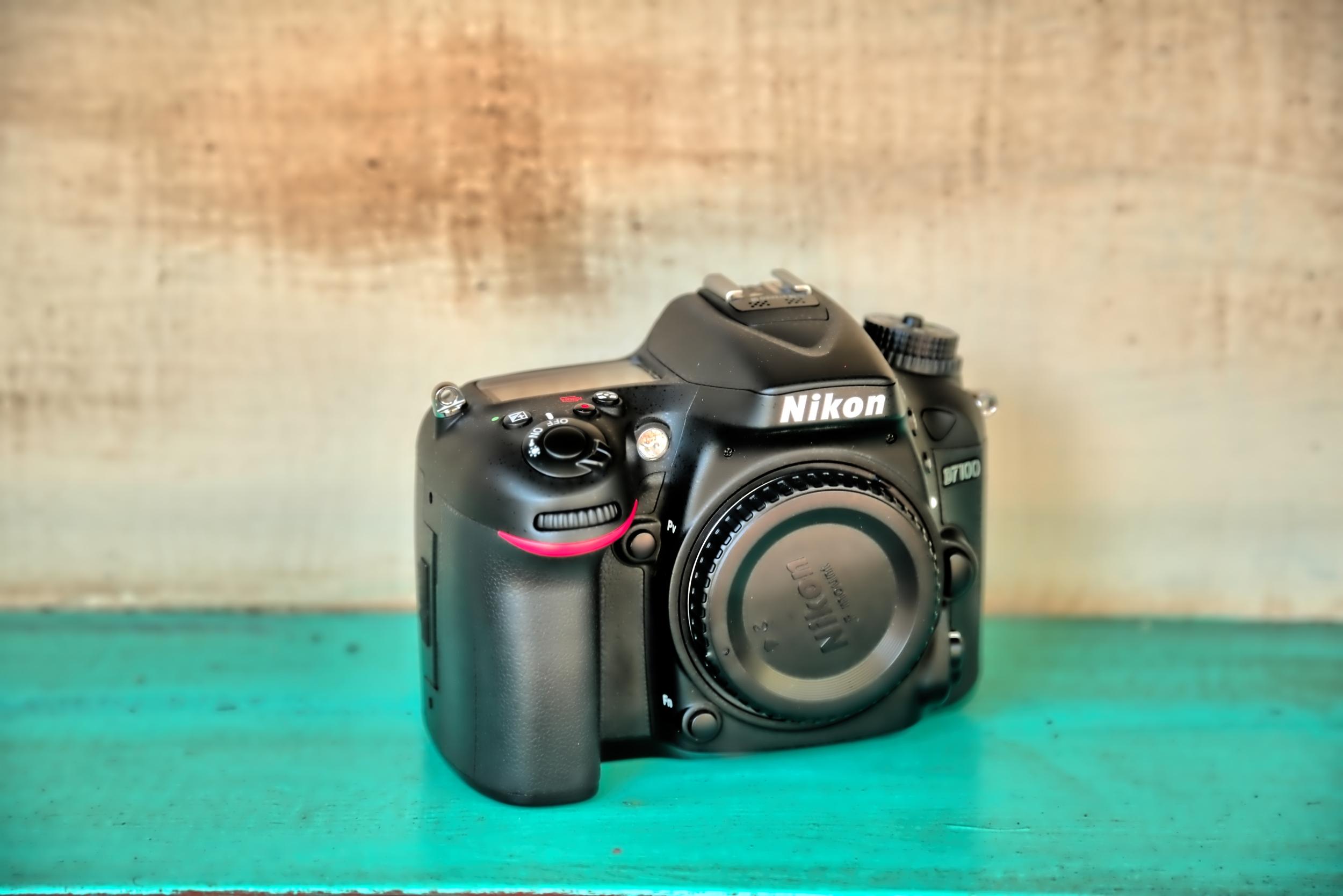 Nikon D7100 Full Frame DSLR Camera