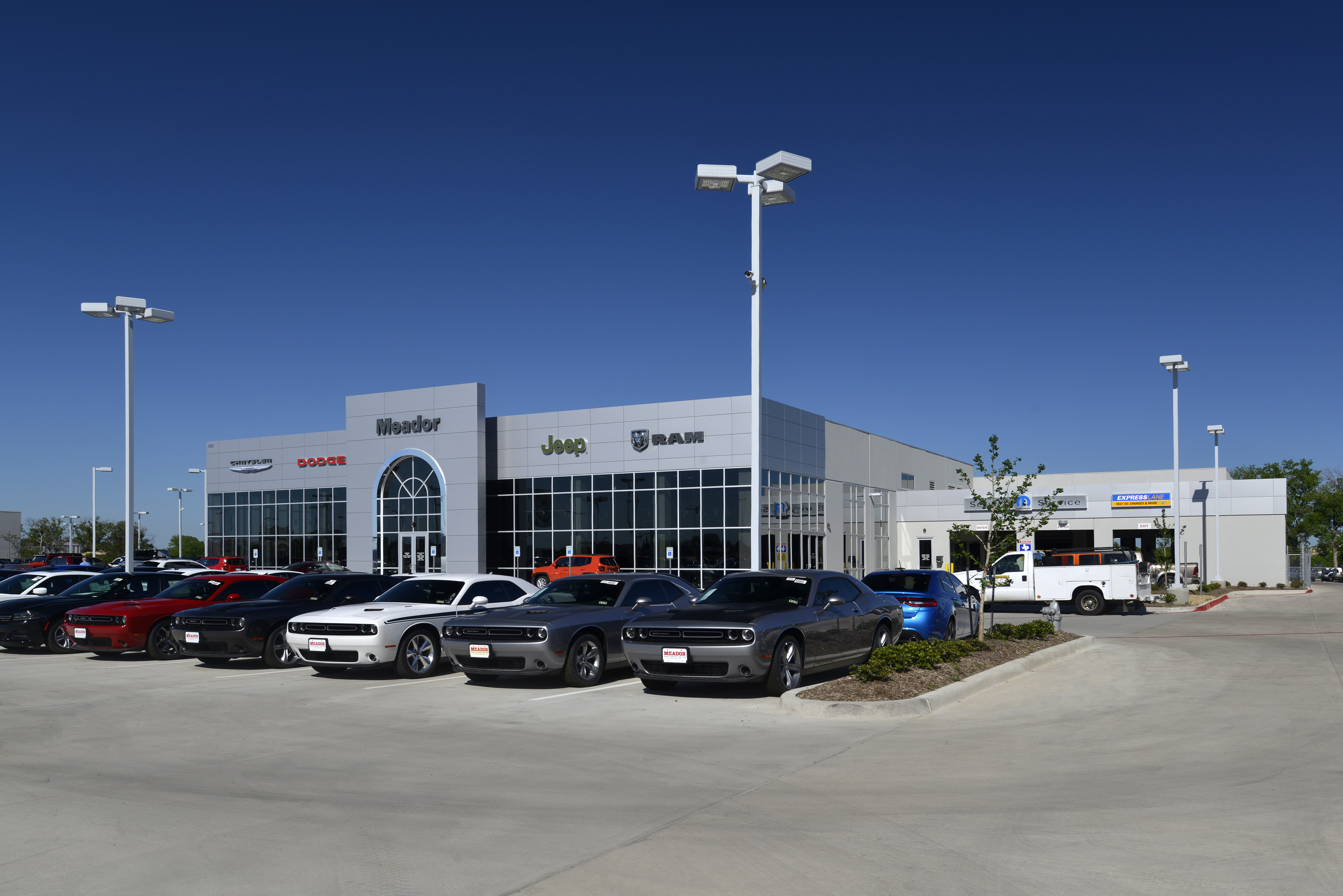 Meador Chrysler Dodge Jeep Ram, Fort Worth, TX