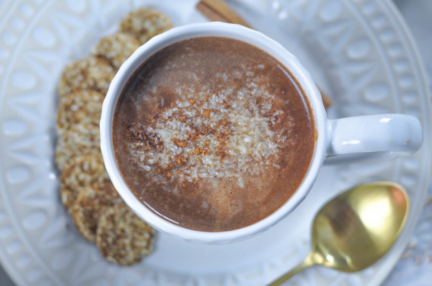 Erin Stanczyk | Lifestyle Design | eat.move.rest. | Two Cold Weather, Holiday Treats: Raw Vegan Porridge + Dairy-Free Hot Cocoa