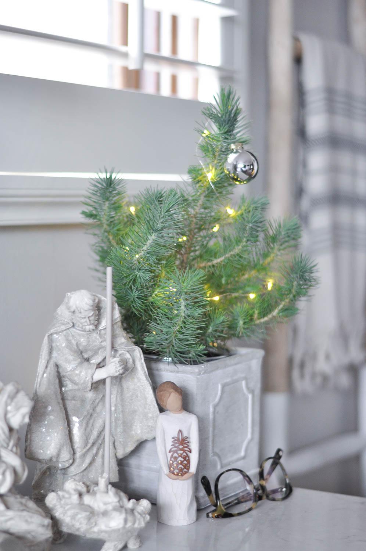 ChristmasHome17-32.jpg