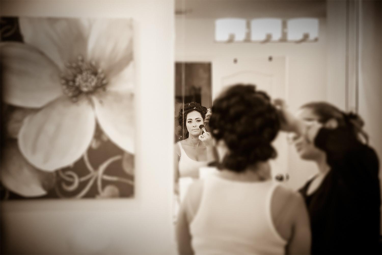 kikevalderrama-getting-ready-wedding.jpg
