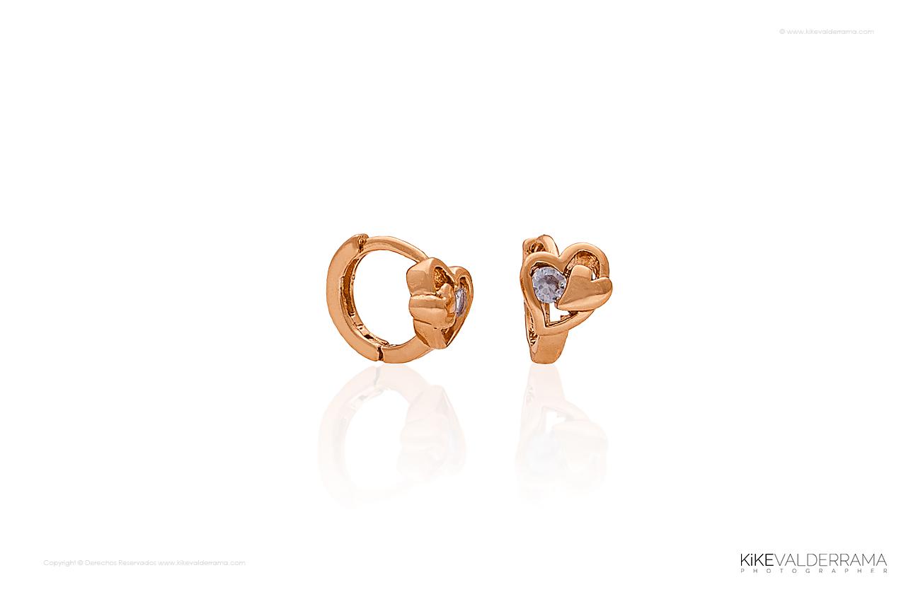 earring-product-kike_valderrama_hor_sample72dpi_1280_2014.jpg