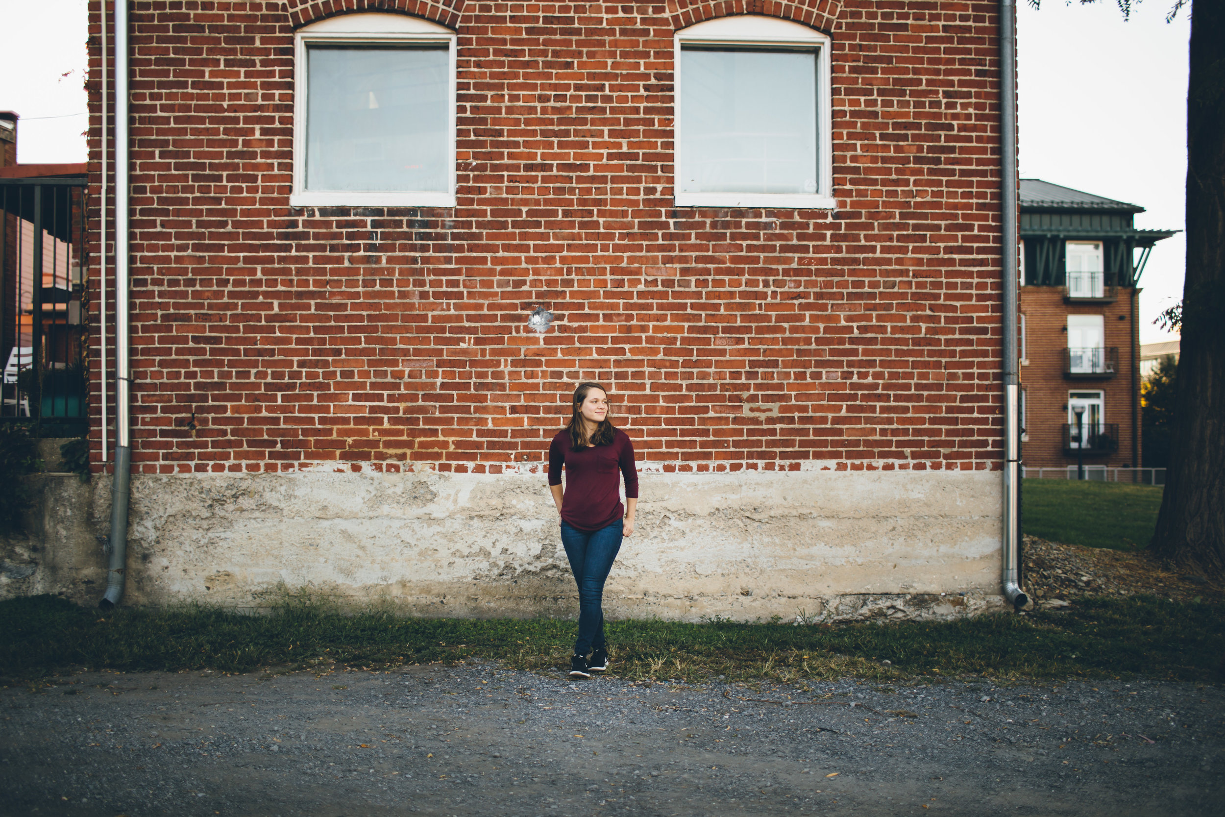 Julie_Senior Portraits-1.jpg