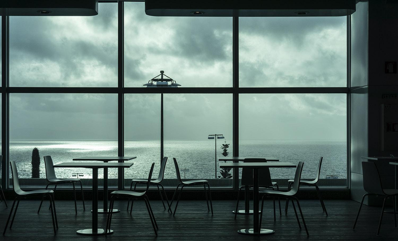 Madeira_airport-GregorServaisFotografie.jpg