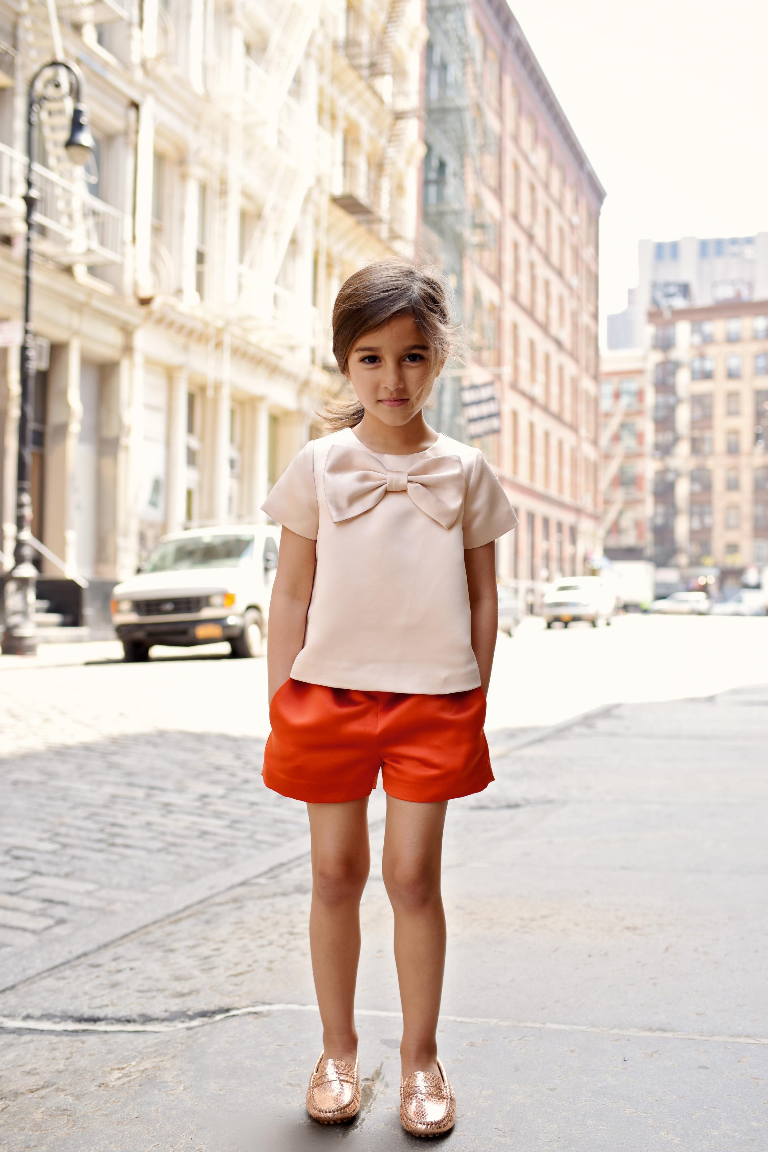 Hucklebones outfit     Manuela de Juan  shoes