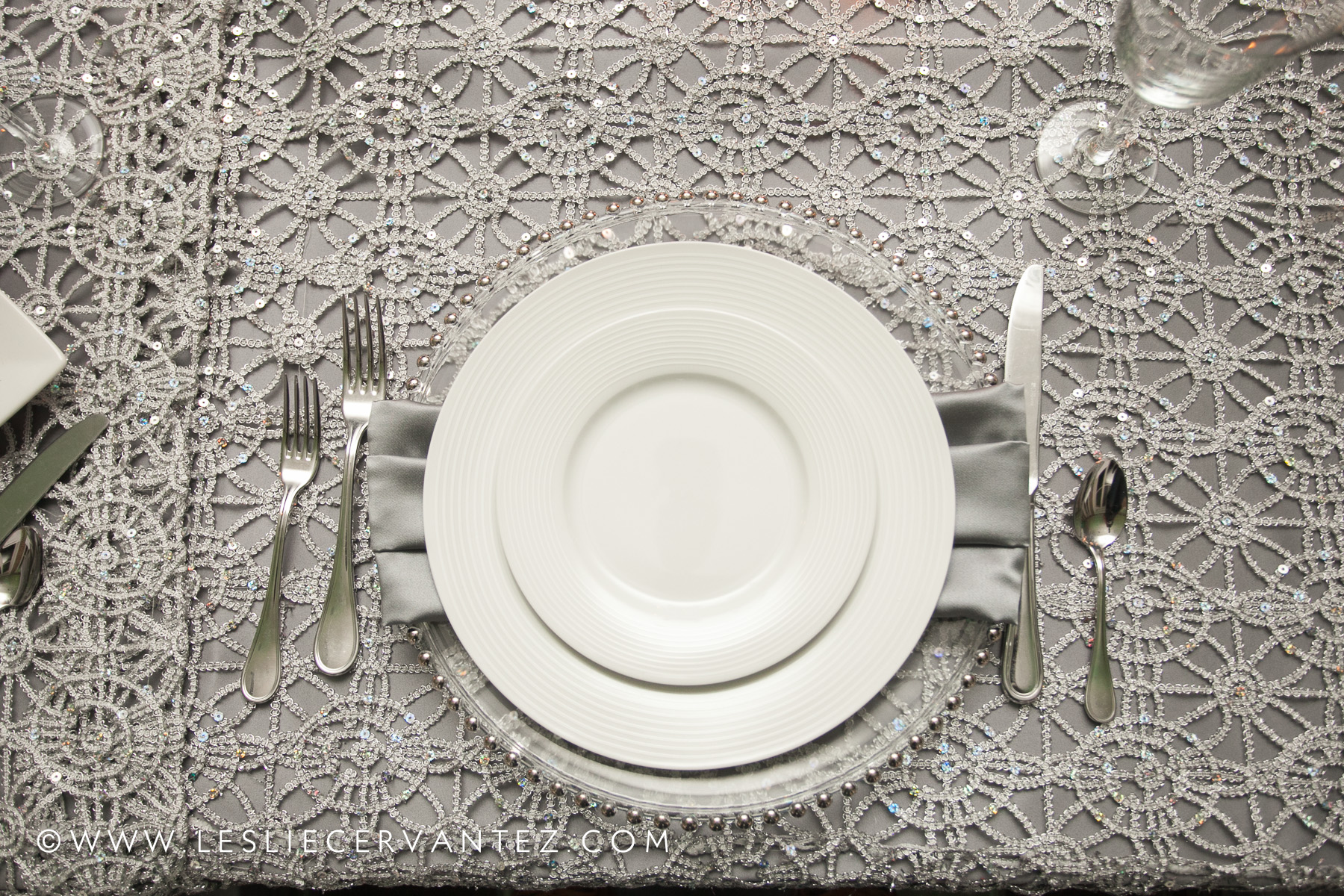 All place settings provided by A Finer Event